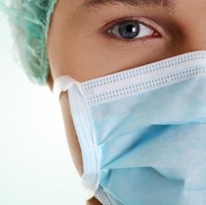 Содержит рекомендации для оптимальной защиты хирурговдо, во время и после операции