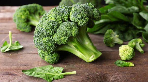 Готовьте вкусные витаминные салаты из зеленых овощей