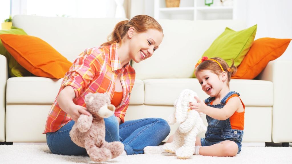 Любимые игрушки ребенка помогут проиграть нужные сценарии