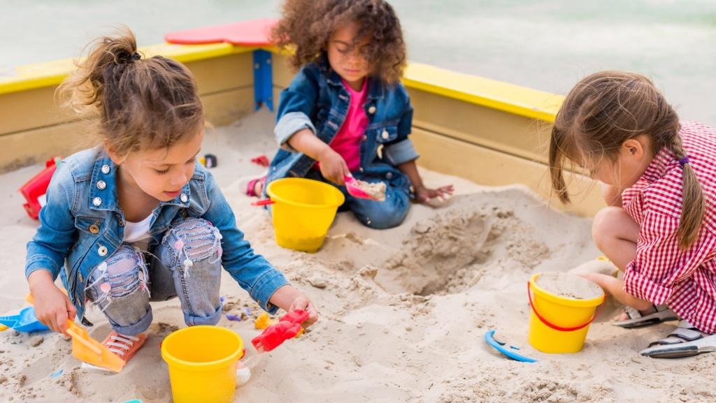 Песочница сплачивает и помогает учиться играть вместе
