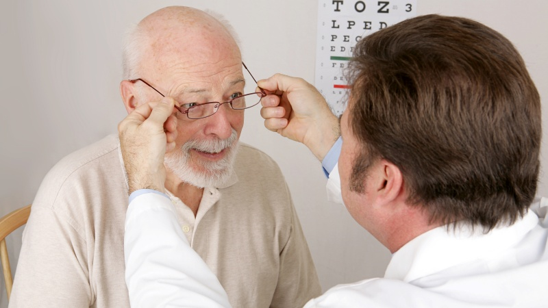Ухудшение зрения с возрастом - естественный физиологический процесс