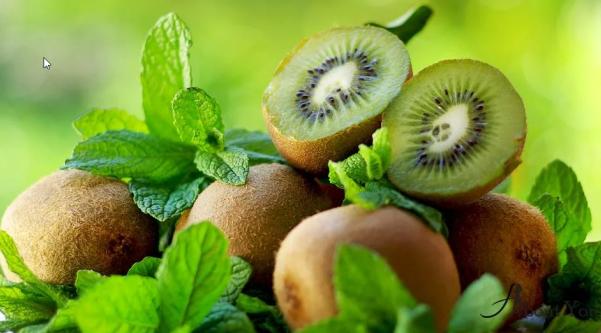 Один киви в день покрывает суточную норму витамина С
