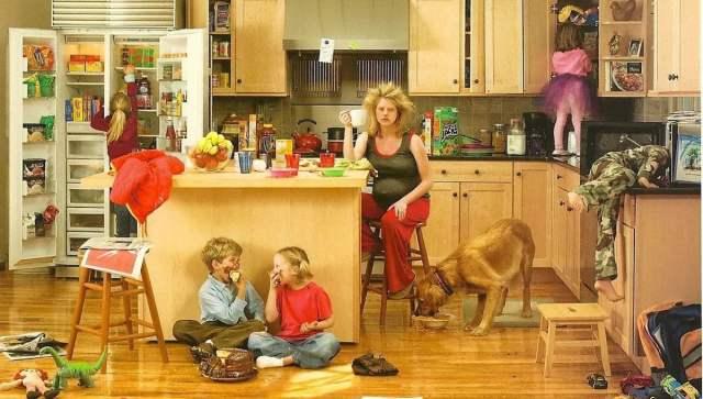 Беспорядок на кухне заставляет нас переедать