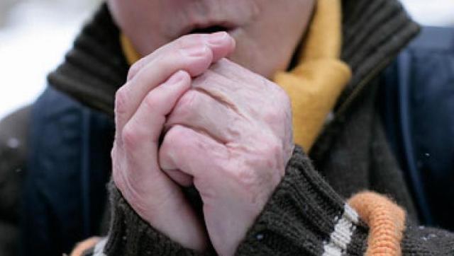 Нужно уметь определять признаки обморожения и оказывать помощь