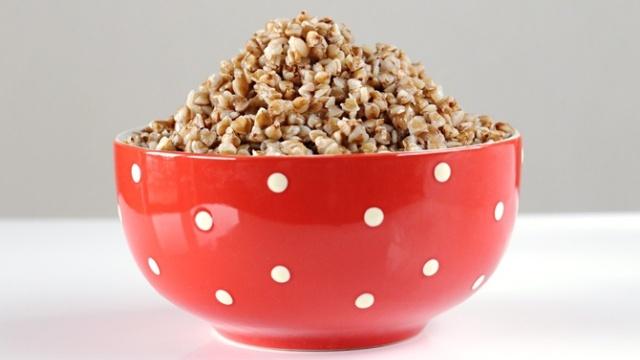 Гречневая каша богата витаминами и минеральными веществами
