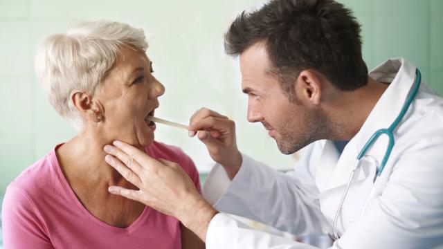 Важно регулярно посещать стоматолога, даже если вас ничего не беспокоит