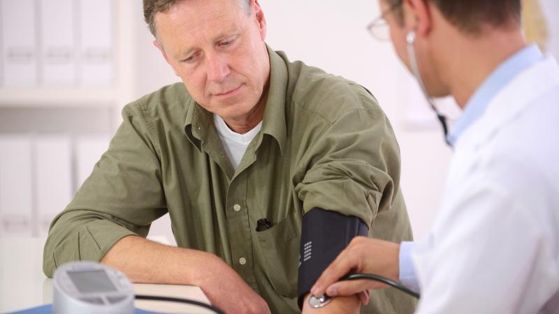 Дефицит сна приводит к нестабильности артериального давления