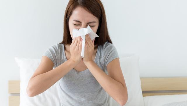 При чихании бактерии вылетают из носа со скоростью 160 км/ч