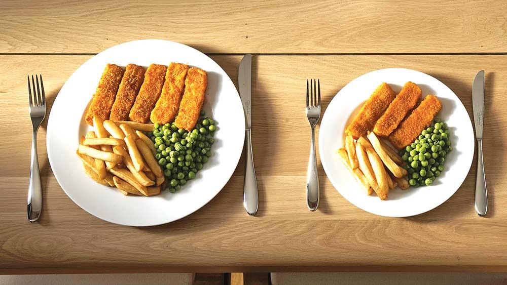Большая тарелка провоцирует аппетит
